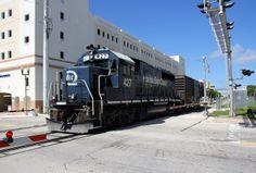 20121015_20 Clematis Street West Palm Beach FL USA   Flickr - Photo Sharing!