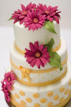 gerbra daisy cakes   Gerbera Daisy Cake   Flickr - Photo Sharing!