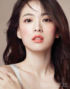 Click the link for more info on everyday makeup Japanese Beauty, Korean Beauty, Asian Beauty, Beautiful Asian Women, Beautiful Eyes, Bridal Makeup, Wedding Makeup, Beauty Makeup, Hair Beauty