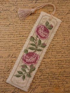 Handmade By Hannah: Cross stitch bookmark