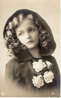 RARE Grete Reinwald famous model Postcard Edwardian Girl hood red riding
