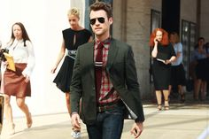 this is how i want to start dressing.  done up, but in a casual manner. BG does it so effortlessly. ::sigh::