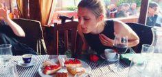 Feliz Aniversário, Stana Katic