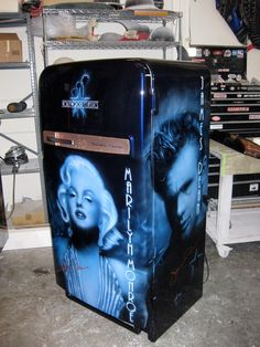 All images and content © copyright Mike Lavallee Inc. All rights reserved. Unauthorized use forbidden. Paint Refrigerator, Painted Fridge, Vintage Refrigerator, Retro Fridge, Air Brush Painting, Car Painting, Custom Paint Jobs, Custom Cars, Airbrush Art