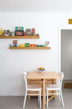 "Balancing Stuff and Space: 12 Inspiring ""Minimal Plus"" Rooms"