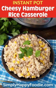 Instant Pot Cheesy Hamburger Rice Casserole is a delicious beef rice casserole. A 30 minute meal. Hamburger Rice Casserole, Hamburger And Rice Recipes, Ground Beef Recipes, Casserole Recipes, Veggie Casserole, Casserole Dishes, Instant Pot Pressure Cooker, Pressure Cooker Recipes, Ribs