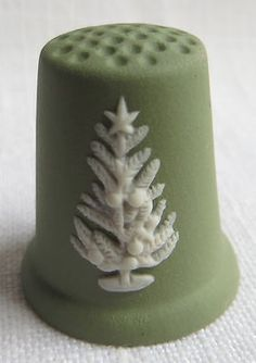 Wedgwood Christmas Thimble 1981 Green Jasper | eBay