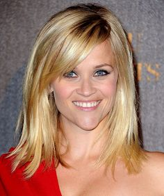Reese Witherspoon's 10 Best Hairstyles: Side-Swept Strands