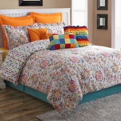 Fiesta Jacobean Reversible Comforter Set - I think Mom would LOVE this!