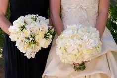 gorgeous bride and bridesmaids bouquets