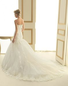 142 TEROL / Wedding Dresses / 2013 Collection / Luna Novias (back)