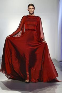 Gown for a Lannister woman-Humariff