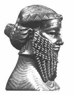 King Sargon I of Akkad, Enheduanna's dad. He also had four sons, two of whom became kings. #king #sargon #akkad #enheduanna