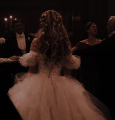 Queen Aesthetic, Classy Aesthetic, Princess Aesthetic, Book Aesthetic, Aesthetic Vintage, Aesthetic Photo, Aesthetic Pictures, Ball Dresses, Ball Gowns