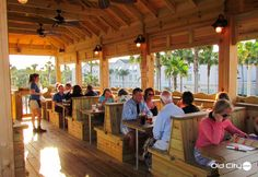 Just like its eclectic blend of accommodations and attractions, St. Augustine also offers a wide variety of casual and upscale restaurants.