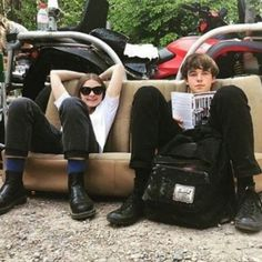 The End of the F***ing World Couple Aesthetic, Film Aesthetic, Shows On Netflix, Netflix Series, The End, End Of The World, Millie Bobby Brown, James And Alyssa, Ing Words