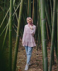Modest Fashion Hijab, Casual Hijab Outfit, Modest Outfits, Stylish Kurtis Design, Hijab Prom Dress, Hijab Jeans, Tea Length Bridesmaid Dresses, Fashion Gone Rouge, Muslim Women Fashion