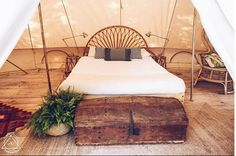 Dream Sea Surf Portugal and the Emperor Twin Bell Tent – Breathe Bell Tents - Camping Ideas Luxury Camping Tents, Bell Tent Camping, Glamping, Yurt Tent, Shower Tent, Diy Tent, Shower Units, Camping Ideas, Camping Decorations