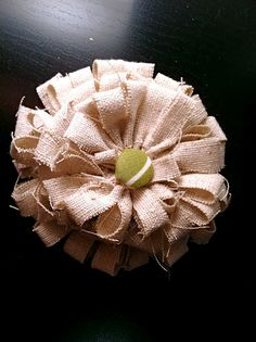 DIY fabric flowers - Cute!  Bow Dazzling Volunteers, the tutorial shows it on a wreath, but just add a felt circle and alligator clip for a great hair accessory.