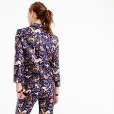 Located on Haberdasher Street in London, Drake's has been handcrafting scarves and ties (in the most gorgeous patterns) since 1977. We picked this unicorn print from their archives and had it recolored and printed in Italy, in shades you'll only find here. Even better, this pajama-inspired top is perfect for everything <i>but</i> lounging around the house...think cocktail parties or nights out. <a href='https://hello.jcrew.com/2016-09-septem...