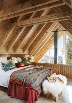 Charming rustic cabin for winter getaways in the Pyrenees mountains - Cabin interiors - Winter Cabin, Cozy Cabin, Cozy Cottage, Winter Homes, Cabin Chic, Rustic Cottage, Cozy Winter, Cottage Style, A Frame Cabin