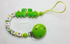 Schnullerkette Lokomotiven Name Baby md309 von myduttel auf DaWanda.com