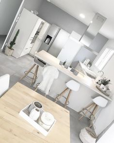 Fantastic modern kitchen room are available on our website. Home Decor Kitchen, Kitchen Interior, New Kitchen, Home Kitchens, Kitchen Ideas, Home Design, Design Ideas, Sweet Home, Room Decor