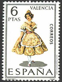 Valencia - Sello con el Traje de Valenciana ~~ For more:  - ✯ http://www.pinterest.com/PinFantasy/cultura-~-fiestas-y-tradiciones/