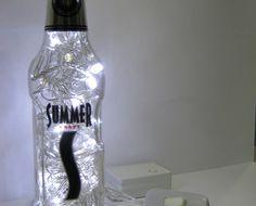 luminária summer - a sua cerveja preferida agora vai animar a decoração da sua casa.