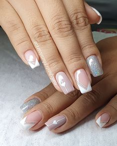 French Manicure Nails, French Nails, Diy Nails, French Nail Designs, Nail Art Designs, Glittery Nails, Bride Nails, Wedding Nails Design, Luxury Nails