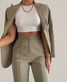 Glamouröse Outfits, Teen Fashion Outfits, Suit Fashion, Cute Casual Outfits, Look Fashion, Pretty Outfits, Stylish Outfits, Spring Outfits, Classy Business Outfits