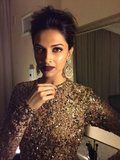 Deepika Padukone at the IIFA Magic of the Movies 11