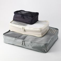 // Muji Packing Cubes via @rtwgirl || So necessary for packing. I won't ever go back to packing for a trip without cubes http://www.rtwgirl.com/rtw-packing-list/