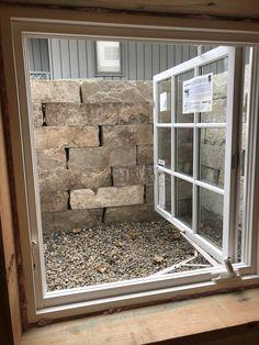 Pretty casement windows options exclusive on DIY home design Basement Window Well, Basement Windows, Basement Bedrooms, Basement Makeover, Basement Renovations, Basement Ideas, Basement Studio, Toulouse, Patio Entrance Ideas