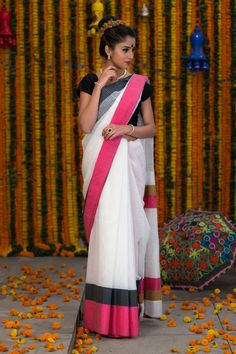 Buy Designer Sarees, uniform wear sarees online in India at Bharatsthali. Shop latest collection of sarees with cheap prices.