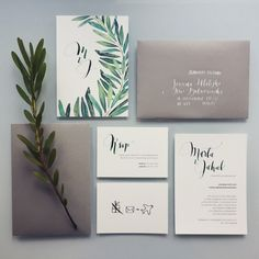 Botanical wedding invitations minimal, simple design by @kwiatyimiut and beautifull calligraphy by @hellocalligraphy
