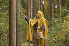 """the village""   sigorney weaver, william hurt, bryce dallas howard. joaquin phoenix"