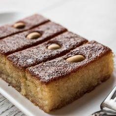 Turkish Dessert Sambali , Sambaba or Damascus with tea. Greek Sweets, Greek Desserts, No Cook Desserts, Sweets Recipes, Greek Recipes, Cakes To Make, How To Make Cake, Sweets Cake, Cupcake Cakes