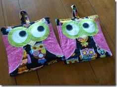 Having a hoot with pot holders. The new ones!