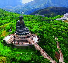 Tian Tan Buddha at Lantau Island, Hong Kon...picture this in the US...haven't seen it!