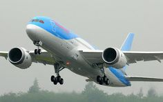 First look at Thomson Airways' first Boeing 787 Dreamliner - more photos at www.theaviationwriter.com
