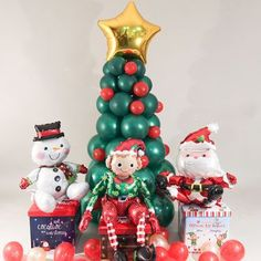Create a Christmas theme in your home this Christmas with our range of balloons to create Christmas trees, or to add a balloon elf, santa or snowman to your home. String Balloons, Qualatex Balloons, Bubble Balloons, Helium Balloons, Foil Balloons, Christmas Balloons, Christmas Snowman, Christmas Themes, Christmas Decorations