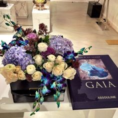 Gorgerous Flower Arrangement by Maison Des Fleurs UAE
