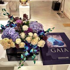 Gorgerous Flower Arrangement by Maison Des Fleurs UAE