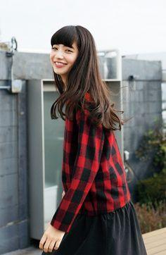 小松菜奈 Named LOVE RED, prized possession