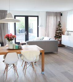 The Netherlands Scandinavian interior white eames motel wooden floor vtwonen livingroom