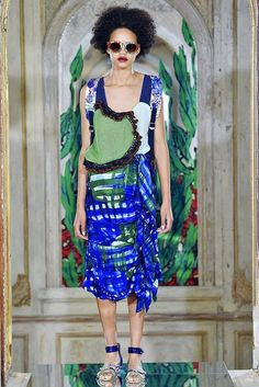 Tsumori Chisato Spring 2017 Ready-to-Wear Collection Photos - Vogue