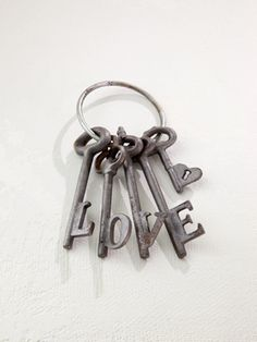 Love keys  www.boutiqueTHEO.com