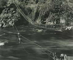 Rare Photos from British Raj Era Show a Wealthy India [PHOTOS]  Fred Bremner's British Raj India's Photos River crossing, River Jhelum, Kashmir National Galleries of Scotland