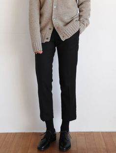Fashion Minimalist Korean Black 49 New Ideas Source by lycamaul Moda Mode Outfits, Fall Outfits, Casual Outfits, Fashion Outfits, Womens Fashion, Summer Outfits, Minimalist Street Style, Minimalist Fashion, Looks Street Style